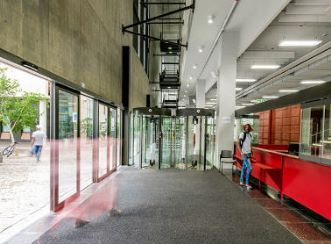 Entrance to the library. Aurecon provided structural, civil, electrical, fire and wet services design for the Sol Plaatje University Library and Student Resources Centre.