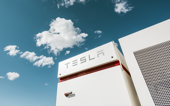 Neoen-Tesla 100 MW battery in South Australia