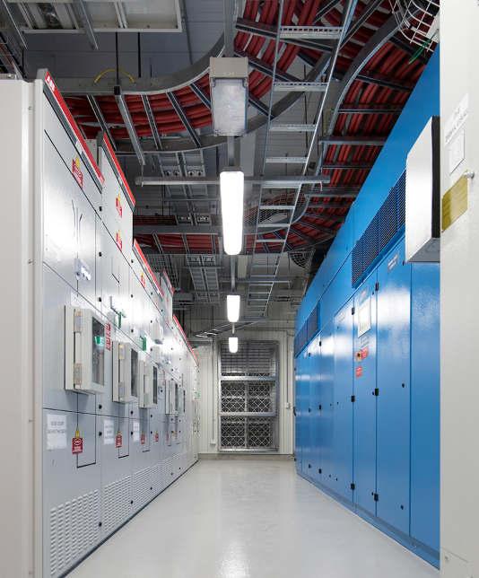 Main Building Group Pictures: NEXTDC B2 Data Centre, Brisbane, Australia