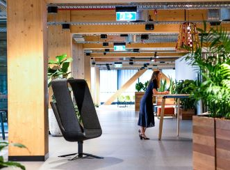 Aurecon's tenancy celebrates timber and creates a contemporary and creative studio environment.