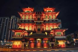 Aurecon proposed a new lighting system for all the public interior and exterior areas of Buddha Tooth Relic Temple