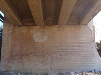 North abutment prior to jacking and repairs. Other abutments underwent partial reconstruction during the Breede River Bridge upgrades, where Aurecon played a project management role, among others.