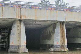 Aurecon designed the bridge bearing replacement system to enable the stage one works to proceed during traffic hours.