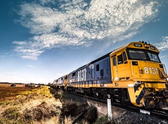 The Inland Rail project will better link producers to markets and create new opportunities for businesses, industries, and regional communities.