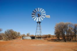 The Gillen Bore Outstation located 75km from Alice Springs faced significant challenges when attempting to access clean water. The communities were reliant on water being trucked in each week