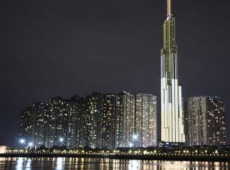 Lighting South-east Asia's tallest tower, Vincom Landmark 81, required achieving a careful balance between a dynamic night time expression, while highlighting the elegance and luxury of the development